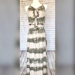 Parker NY floor length evening dress in XS